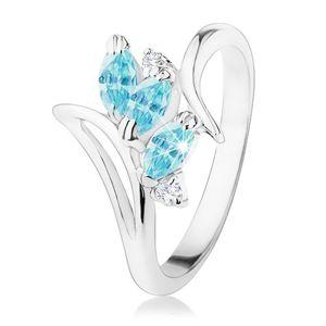 Błyszczący pierścionek o zagiętych ramionach, niebieskie wyszlifowane ziarenka, przezroczyste cyrkonie - Rozmiar : 58