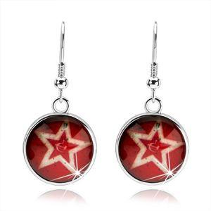 Cabochon kolczyki, zarys pięcioramiennej gwiazdy, czerwone tło, sierp i młot