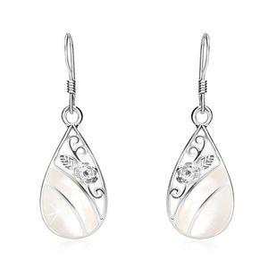 Kolczyki ze srebra 925, łza z wycięciem, biała perła, ornament - róża