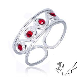 Pierścionek z serca 925 - esowity wzór z czerwonymi kamyczkami