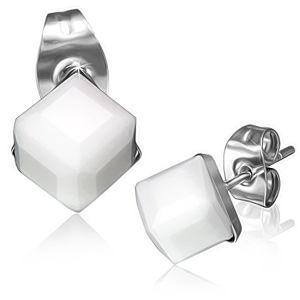 Stalowe kolczyki - biały szlifowany kamyczek, kostka