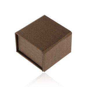 Upominkowe pudełeczko na pierścionek lub kolczyki, brązowe z perłowym połyskiem, magnes