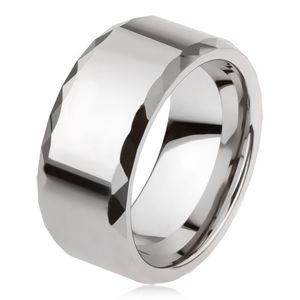 Wolframowy pierścionek srebrnego koloru, geometrycznie szlifowane krawędzie, gładka powierzchnia - Rozmiar : 67