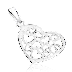 Zawieszka ze srebra 925 - błyszczące serce z wyciętym wzorem