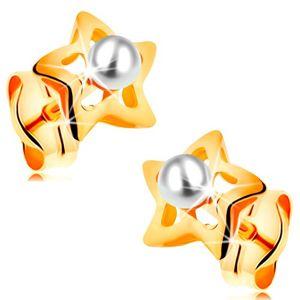 Złote 585 kolczyki - błyszczące gwiazdeczki z białą perełką w środku